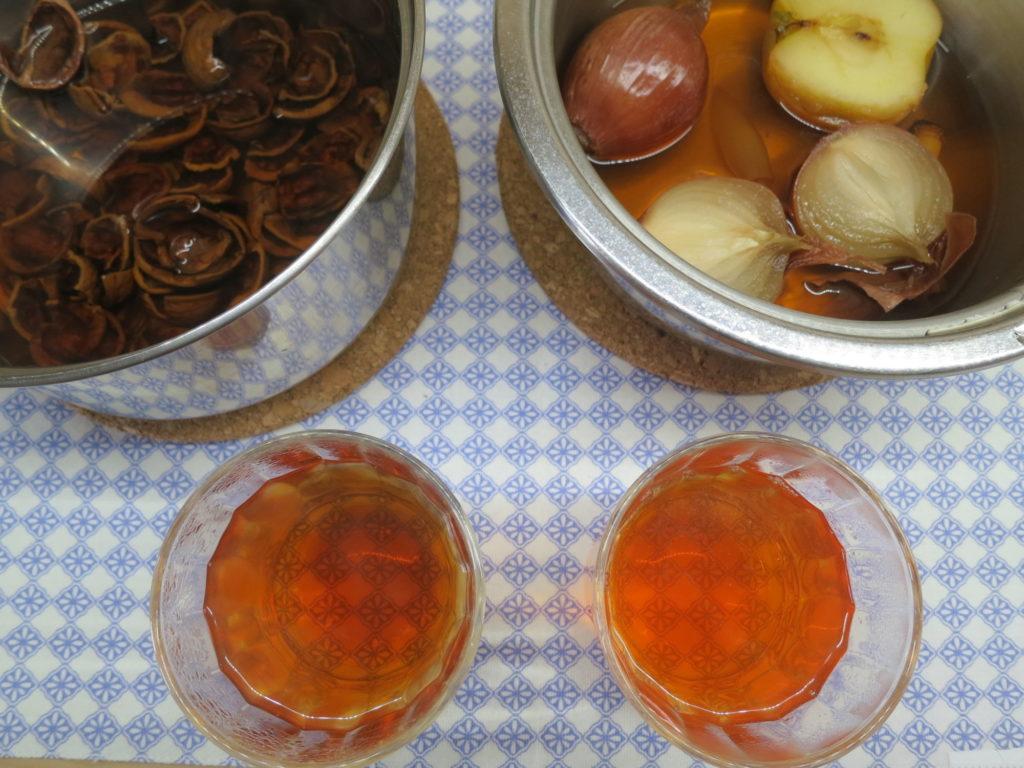 cibulový čaj a čaj ze skořápek